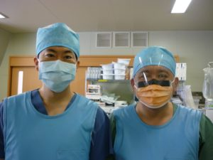 国際医療福祉大学准教授小林秀郎先生と筆者