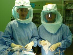 ナビゲーション人工膝関節置換術村松先生と筆者
